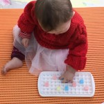 0歳児でも集中してできる遊び