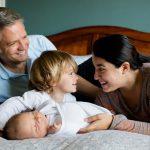 子育てママの負担をパパにシェアする方法