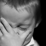 イヤイヤ・ギャン泣きにもひるまないママの覚悟が必要です。