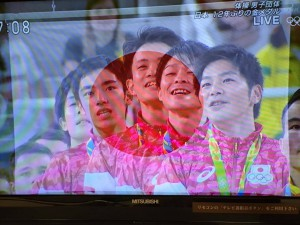 体操日本チーム 金メダル